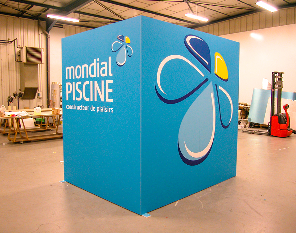 Plv stands chiron for Mondial piscine